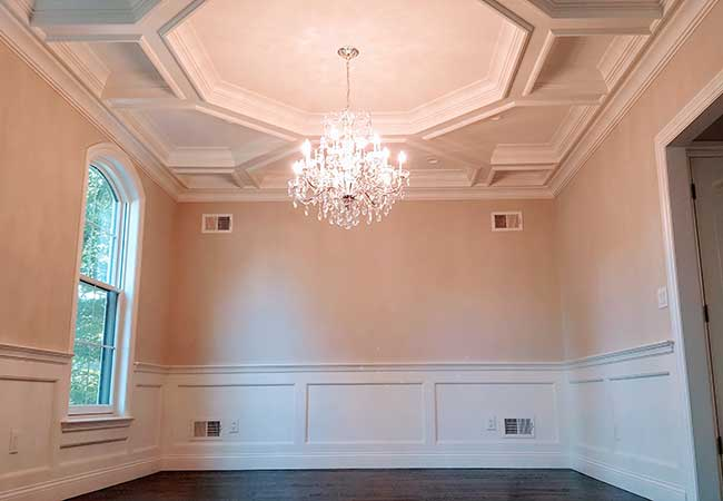 custom-ceiling-treatment-in-dining-room