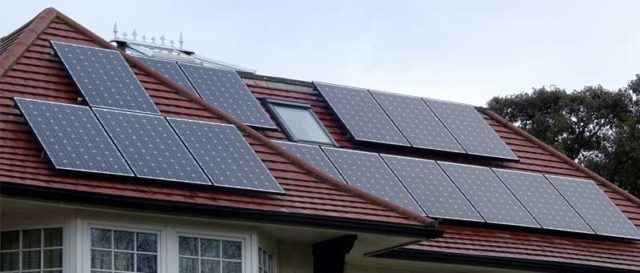Learn how Solar panels and cool roofing materials promote energy efficiency | Talk to Prominent Builders Glen Rock NJ